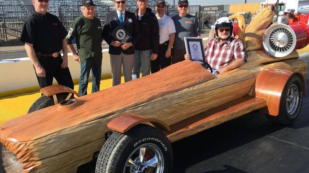 In Canada il tronco a motore più veloce al mondo