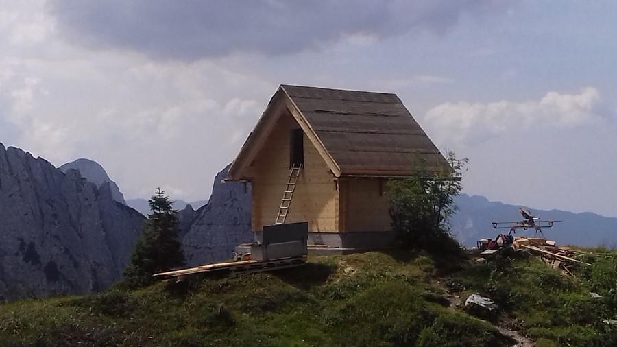 FriûlDane realizza il nuovo bivacco BIANCHI in Val Alba (Moggio Udinese)
