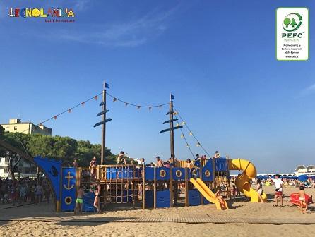 Pirates Island, nuovo Parco Tematico, in legno certificato PEFC, inaugurato a Lignano Sabbiadoro: sostenibilità in tutti i sensi