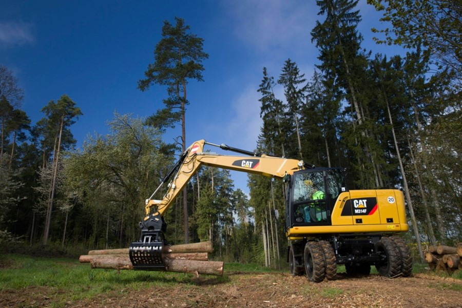 CGT, con Caterpillar e Komptech leader nella progettazione e produzione di macchine e sistemi per il trattamento delle biomasse forestali